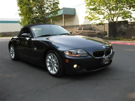 2005 Bmw Z4 2.5i/ Convertible / 6-speed Manual