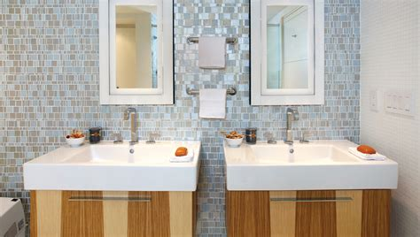 5 Creative Ways To Transform Your Bathroom By Adding