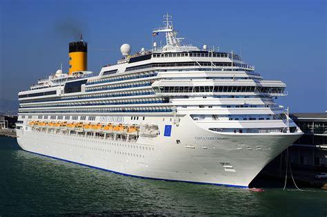 Schip Concordia by Costa Concordia Wikipedia