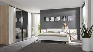 Spiegel Neu Gestalten : rote tapete design ~ Markanthonyermac.com Haus und Dekorationen