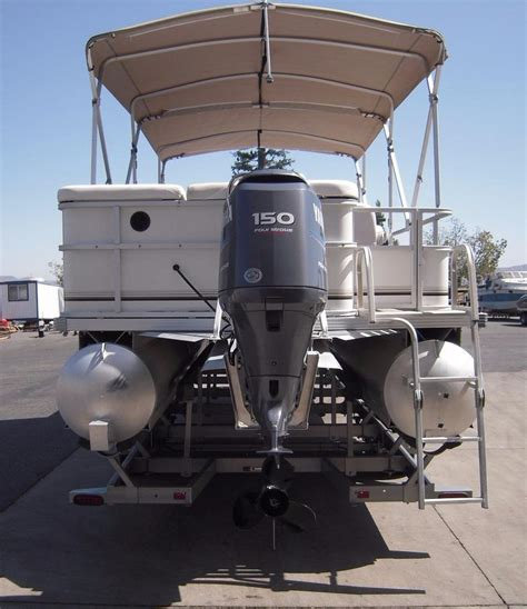 Boats For Sale Under 25000 by 2007 Used Crest Maurell Sunset Bay 25 Pontoon Boat For
