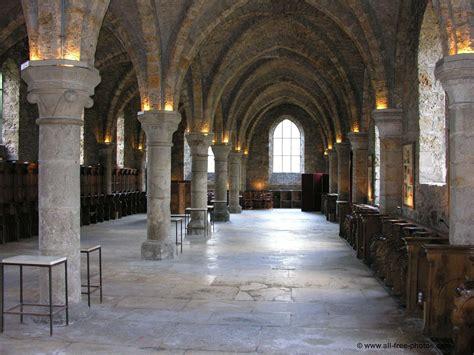 photo salle des moines abbaye des vaux de cernay
