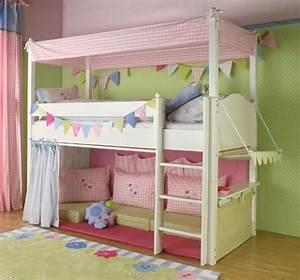 Vorhang über Bett : hochbett vorhang welche farben passen zu kinderzimmer kinder n hen hochbett ~ Markanthonyermac.com Haus und Dekorationen