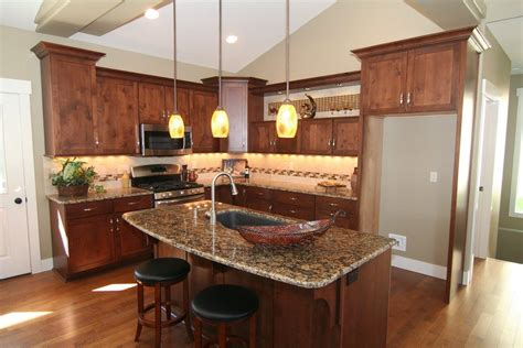 Custom Kitchen Cabinets Spokane Bathroom Designs For Small Spaces Black And White Tiles Ideas A Space Super Vanity Designer Rugs Shaker Cabinets Rustic Design