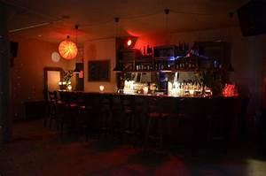 Bar Mit Tanzfläche Berlin : club bis 150 personen n he moritzplatz in kreuzberg zum mieten ~ Markanthonyermac.com Haus und Dekorationen