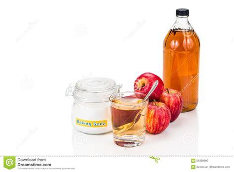 combinaison au vinaigre de cidre d apple et de bicarbonate de soude pour le reflux acide photo