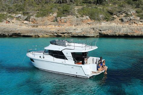 Swift Fishing Boat 2016 by Beneteau Swift Trawler 30 Pocket Cruising For Couples
