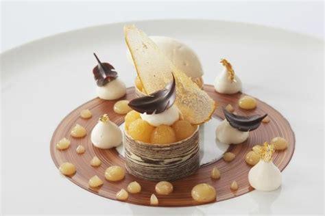 la poire chocolat un des desserts de notre restaurant gastronomique 169 philippe barret photo