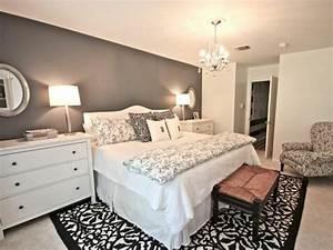 Wandfarben Ideen Schlafzimmer : wandfarbe grau die perfekte hintergrundfarbe in jedem raum ~ Markanthonyermac.com Haus und Dekorationen