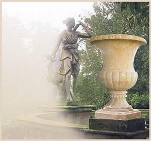 Bilder Für Den Garten : pflanzgef e aus steinguss ~ Markanthonyermac.com Haus und Dekorationen
