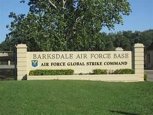 File:Barksdale AFB, Global Strike Command IMG 2372.JPG ...