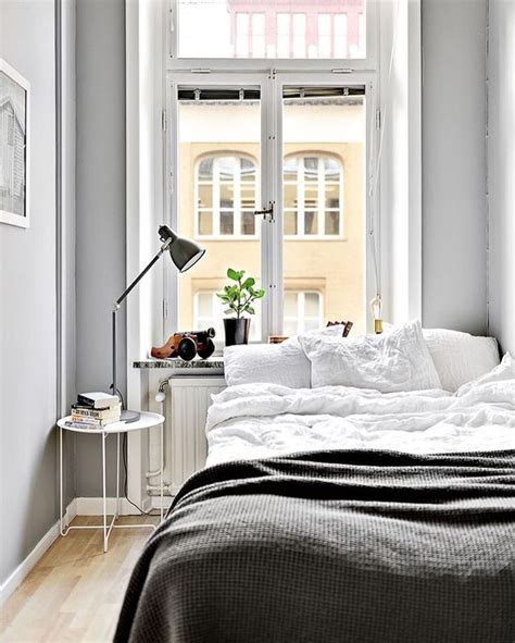 25 best ideas about decorating small bedrooms on