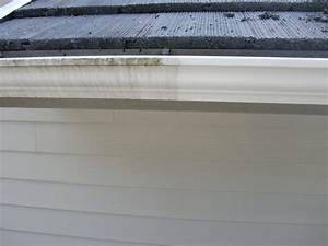 Gutter Cleaning Services - Get 15% Off All Gutter Cleaning
