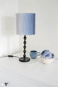 Schlafzimmer Lampe Selber Machen : diy lampenschirm aus wolle ~ Markanthonyermac.com Haus und Dekorationen