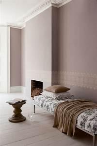 Wohnzimmer Wandfarbe Sand : taupe wandfarbe edle kulisse f r m bel und accessoires ~ Markanthonyermac.com Haus und Dekorationen