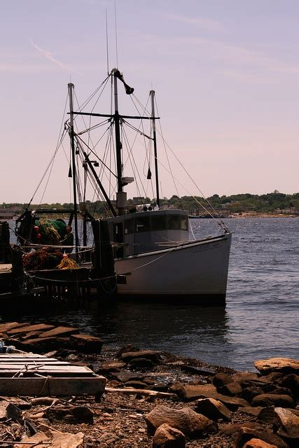 Lobster Boat Docking by 1000 Images About Connecticut On Pinterest Hartford