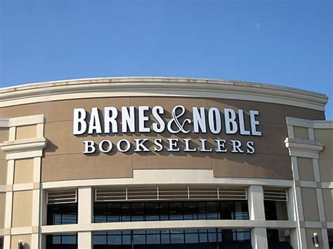 barnes and noble barnes noble the retailer to experience customer