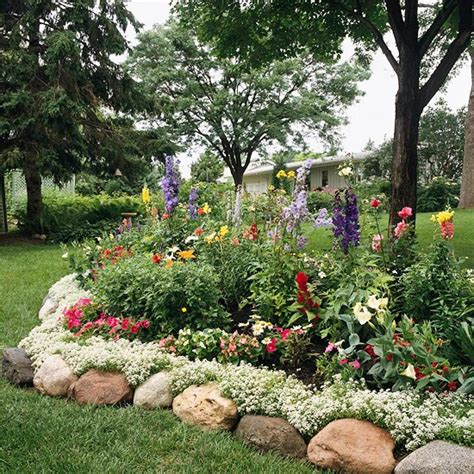 controlling craziness inspiration for the weekend 15 flower beds