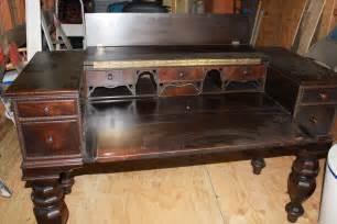 antique desk for antiques classifieds antiques 187 antique furniture