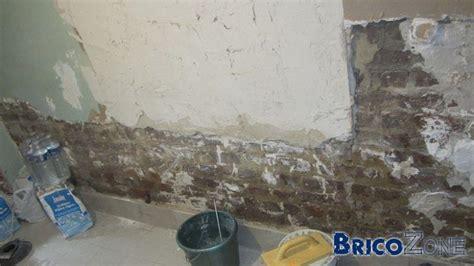 r 233 novation buanderie et traitement mur l 233 g 232 rement humide