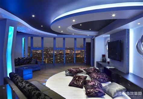 四室两厅现代简约客厅吊顶装修设计效果图_土巴兔装修效果图