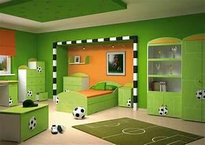 Farben Für Babyzimmer : kinderzimmer farben ideen gr n fu ball thema ~ Markanthonyermac.com Haus und Dekorationen