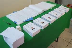 201 lections elections alg 233 riennes ambiance bon enfant au bureau de vote 94 citoyens