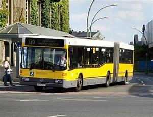 Berlin Mannheim Bus : mercedes gelenkbus der linie 130 in spandau 9 bus ~ Markanthonyermac.com Haus und Dekorationen