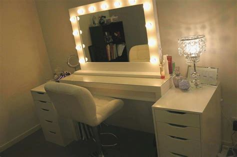 Bedroom Vanity Sets With Lighted Mirror Inspirational Kitchen Cabinet On Wheels How To Install Tile Backsplash Integrated Sink Mi Es Su Aid Mix Or Wood In Drain Height Candle