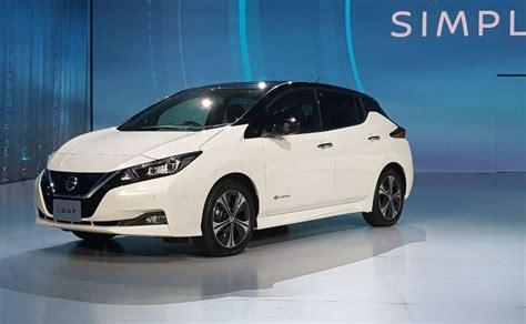 nissan leaf electric car unveiled gets autonomous tech and a range of 400 km ndtv carandbike