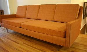 Sofas Couches : spectacular brown fabric sectional cool couches on barn wood floors as inspiring country ~ Markanthonyermac.com Haus und Dekorationen
