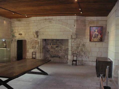 file logis royaux salle commun chinon jpg wikimedia commons