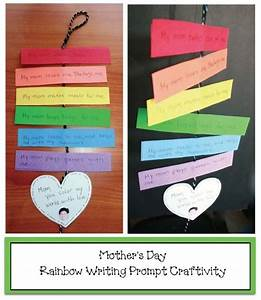 Mother's Day crafts: Students write a sentence on each ...