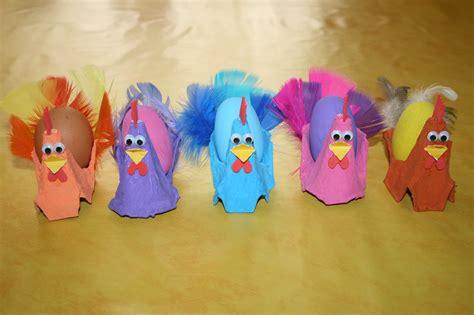 poules de paques fabriqu 233 es avec des bo 238 tes 224 oeufs les lutins cr 233 atifs bricolage pour