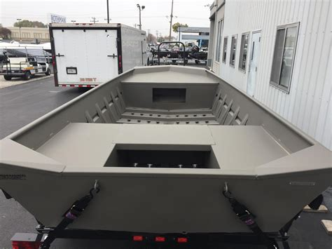 Xpress Fishing Boat For Sale by 2015 New Xpress 1756vj Center Console Fishing Boat For