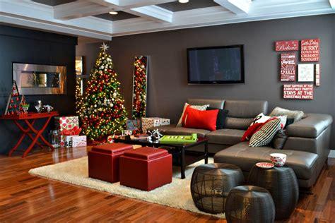 Splashy Rotating Christmas Tree Stand In Living Room