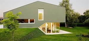 Split Level Haus Grundriss : split level haus in wildon by karl ziller architektur homify ~ Markanthonyermac.com Haus und Dekorationen