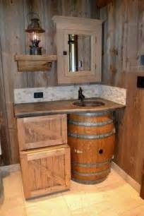 25 best ideas about small rustic bathrooms on small country bathrooms country