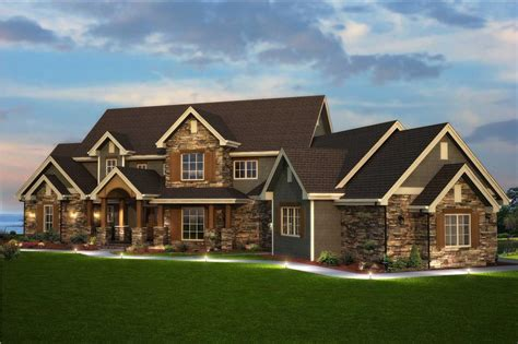 6 Bedroom Home Designs : Traditional Style Home Floor Plan #161-1003
