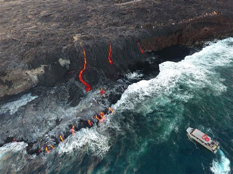 Lava Boat Tour Hawaii by Hawaii Lava Tours Big Island Tours To See Lava In Hawaii