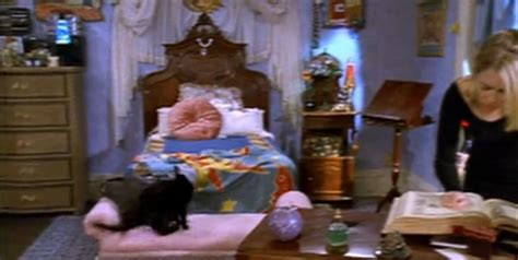 00s Home Decor : Sabrina The Teenage Witch Bedroom