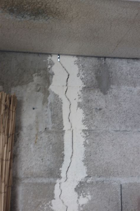 comment reparer des fissures sur un mur exterieur
