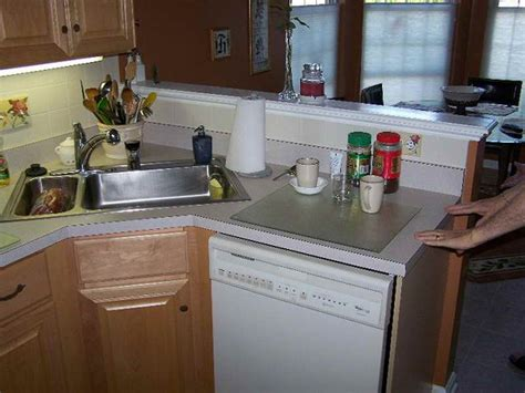 Small Kitchen Makeovers : Best Small Kitchen Makeovers