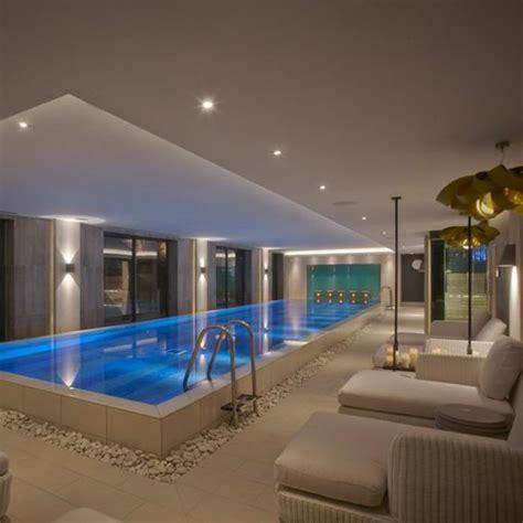 la piscine int 233 rieure un luxe un r 234 ve une installation de sport archzine fr