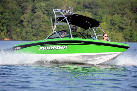 Wake Boat Brands List by Moomba Outback A Grownup Boomerang Boats
