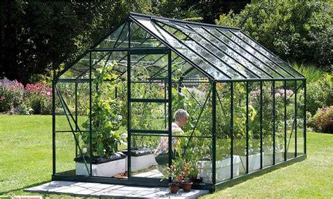 tout ce qu il faut savoir sur les serres de jardins