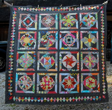 Triangle Quilt Border Templates by Lily S Quilts Diamond Triangle Border Tutorial