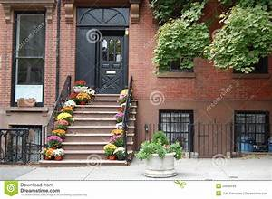 Brooklyn Home Company : brooklyn home stock photography image 20936542 ~ Markanthonyermac.com Haus und Dekorationen