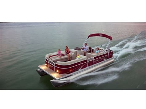 Dry Dock Boat Sales Las Vegas Nv by Enjoy A New Pontoon Boat On Lake Mead From Dry Dock Boat
