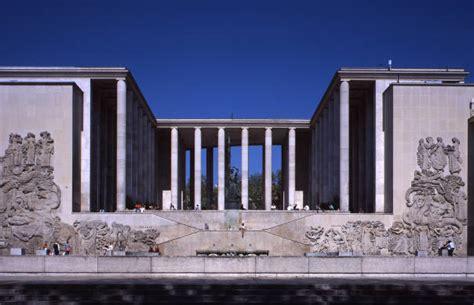 palais de tokyo arts places the list